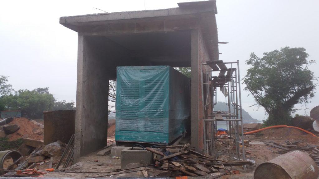 công trình lắp đặt máy phát điện ở Bán Đảo Sơn Trà
